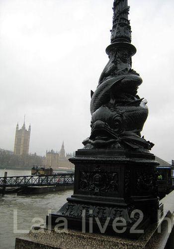 Thames201002181_2