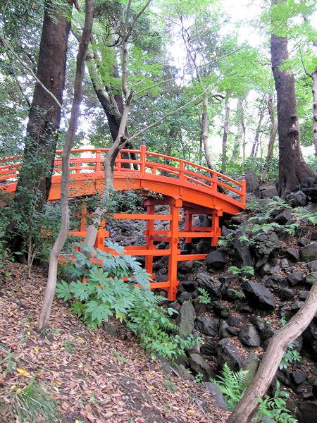 A_bridge_imitating_tofukujis_the_br